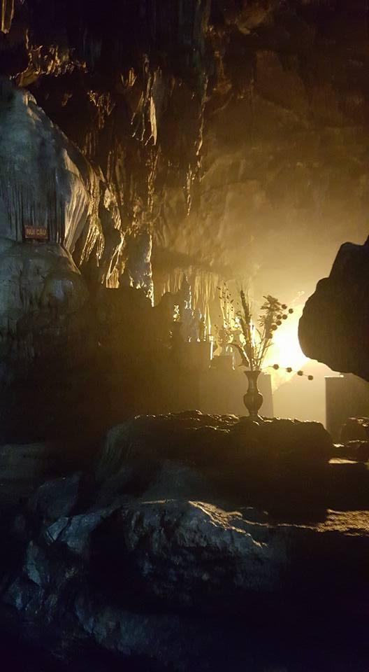 Perfume Pagoda Cave